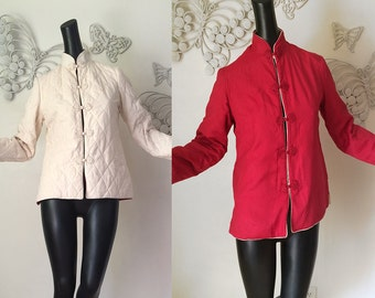 Vintage Reversible Asian Cheongsam Jacket Red White Quilted Hippie Chinese Japanese Top with Fabcy Frog Closure Spring Coat Size Small M