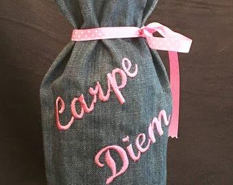 Embroidered wine bottle bag