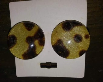 RESERVED VTG deadstock lucite leopard earrings