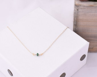 Dainty Emerald Necklace / Simple Emerald Necklace / Delicate Gemstone Necklace / Emerald Jewelry / Layering Necklace / May Birthstone