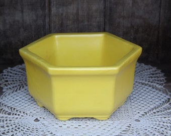Vintage Bright Yellow Hex/ Haeger Planter/ Planter USA 4002/Mid Century Home Decor/Indoor Gardening