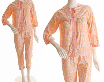 1960s Pink Orange and Yellow Floral Mod Flower Print Two Piece Womens Pajamas - L