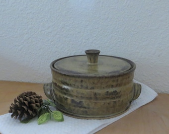 Lidded Casserole Baking Dish - Handmade Stoneware Ceramic Pottery - Burnt Iron Brown and Tea Leaf Green - 1-1/2 Quart