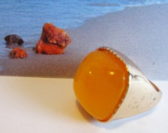 Square shape Yellow Amber Ring 12.2 gr. gold color gift  egg yolk butterscptch 18.5 mm diameter (size  8 1/4 US) for adult