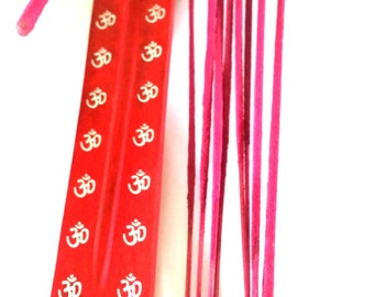 red om wooden insence holder with 15 sticks of pink jasmine fragrance sticks made in wales uk.