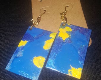 Textured blue and yellow earring