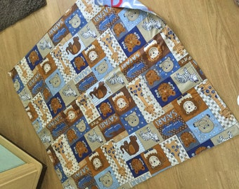 Boys cotton blanket with warm fleece backing and jungle creatures and free bits and bobs box in the same fabric