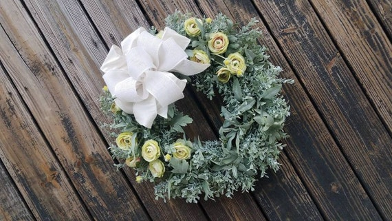 Spring Wreath, Summer Wreath, Mother's Day Wreath, Wedding Wreath, Green Ranunculus Wreath, Ready to Ship
