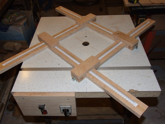 Router Picture Frame Jig | secondtofirst.com