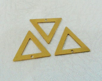40 Pcs Raw Brass 15 x 15 mm Triangle  Findings -1 Holes