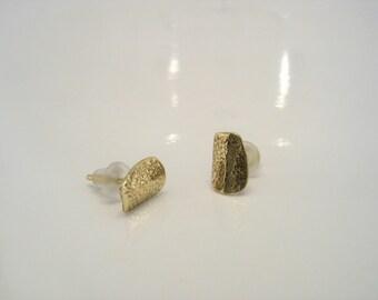 Pavet Stud Earrings - textured , yellow gold earrings