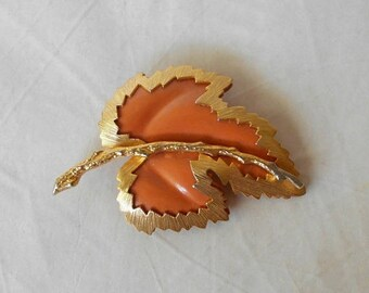 Vintage Enameled and Gold Tone Leaf Brooch Pin Sarah Coventry style