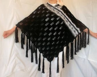 LIQUIDATION Stock SALE 30% OFF / Oversized Women Poncho Wedding Accessories Shrug Hand Knitted Cape Crochet Capelet Romantic Maternity Black