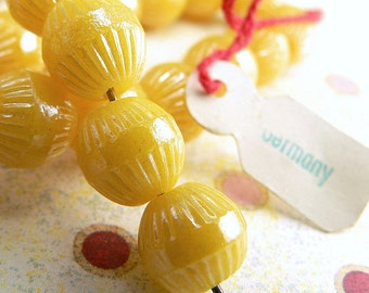 Vintage Yellow German Glass Fluted Round Beads Opaque 9mm Large hole (25)