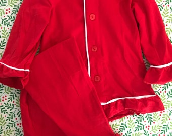 Girls Ruffle Christmas Pajamas! Monogramed pjs! Girls!