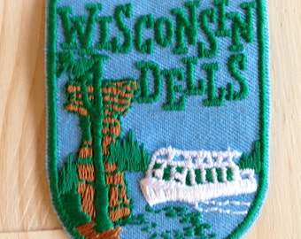 Wisconsin Dells Vintage Travel Patch by Voyager