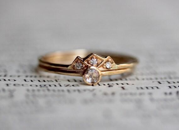 14K Mountain Engagement Wedding Ring Set Dainty