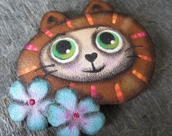 Cat with blue flowers, brooch