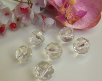 set of 12 round faceted Czech glass beads.