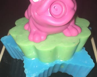 Frog on a lilly pad in water (Goats Milk Soap)