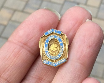 Past Sons Of The American Legion 1st Lieutenant Lapel Pin - Enamel & Gold Jacket Button Pin