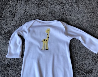 Infant Sleeper Gown / Baby Giraffe Gown / Baby Shower Gift / Baby Sleeper Gown / Baby Giraffe Sleeper Gown / Footless Sleeper / Baby Giraffe