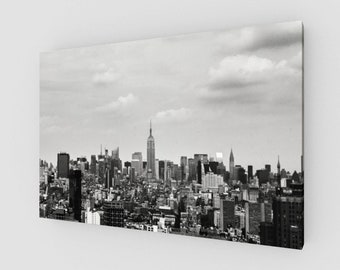 New York City Skyline, Canvas, 1:50 Limited Edition / home decor / decoration / photo / photography / black and white / city scape /