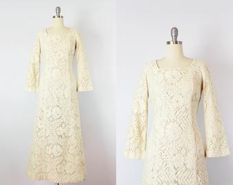 vintage 70s floral lace dress / 1970s bohemian wedding dress / Hawaiian beach wedding dress / cream cotton lace dress /
