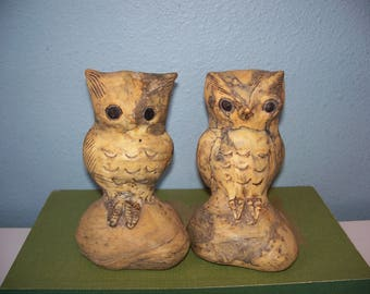 vintage owl figurines || faux stone resin-like owl statues || owl decor || bird figurines || vintage home decor || kitschy owl || 70s decor