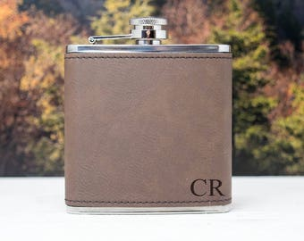 Personalized Flask Initials, Leather Flask, Flask for Men, Flask Set Groomsman, Groomsman Gift, Groomsmen Gift, Fathers Day Gift