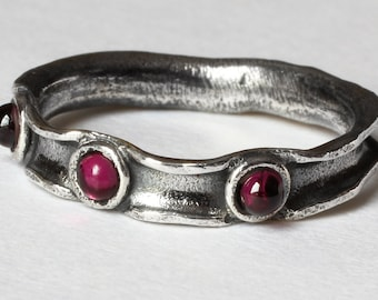 "Garnet Ring, Garnet Jewelry, Oxidized Sterling Silver, Ring Size 6.5, January Birthstone, CircesHouse, ""Berry Ring"""