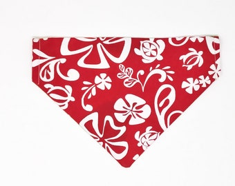 Over-the-Collar Bandana in Hawaiian Print for Medium Dog