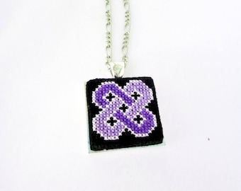Celtic knotwork necklace violet Scandinavian jewelry viking Lovers knot violet black jewelry embroidery Trendy viking necklace embroidery