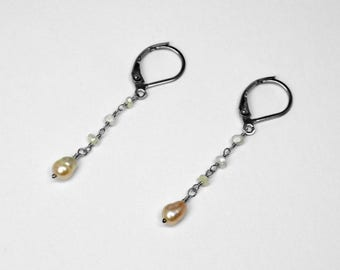 American River and Japanese Kasumi Pearl Earrings in 14K Gold