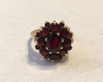Vintage 14K Gold Garnet Cluster Ring 2.80CTW ~ Size 6.5 ~ FREE SHIPPING