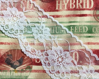 White Flat Scallop Floral Lace, Sewing, Trims, Scrapbooking, Journaling, Shabby Chic, Arts and Crafts
