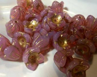 12 pcs  Flower beads