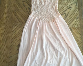 Vintage light pink lace nightgown size small