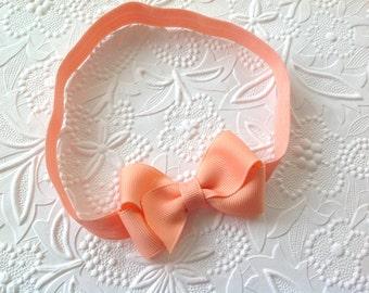 Girls headband: Peach bow headband. Tiny headband with a 2.5 inch bow. Spring bow headband. Easter headband. Newborn headband. Toddler