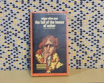 Edgar Allan Poe - The Fall of The House of Usher - Vintage Paperback Book