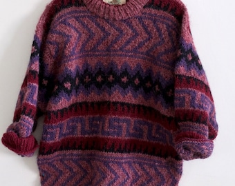 Beauiful Vintage Hand Knit Sweater