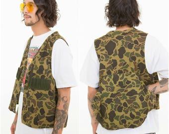Hunters Camo Vest / Utility Pockets / Size M-L