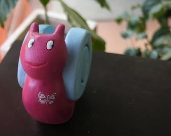 Sculpture escargot. Escargot couleur. Sculpture escargot pour le jardin. Escargot sculpture enfant. Animaux chambre enfant. Coccinelle.