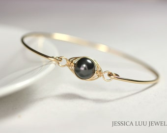 Gold Black Pearl Bangle Bracelet Wire Wrapped Jewelry Handmade Gold Pearl Bracelet Black Swarovski Pearl Bracelet Gold Jewelry Gold Bracelet