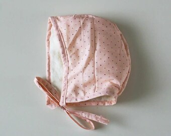 Light Pink Polka Dot | Bonnet | Baby bonnet | Baby shower gift | Baby hat | Bonnet | Newborn bonnet | Modern vintage | Toddler hat | Baby