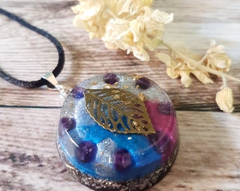 Amethyst Orgone Energy Pendant - Crown Chakra Healing Lightworker Jewellery - Positive Energy - Empath Jewelry - Leaf - OOAK - Medium
