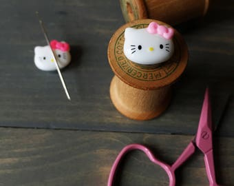 Hello Kitty magnetic needleminder, embroidery, sewing notion