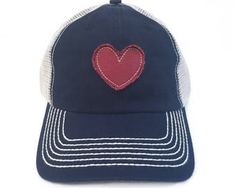 Womens Baseball Hat Heart Patch Vintage Trucker Hat For Women Heart Gifts Heart Appliqué Woman Baseball Cap Love Gifts