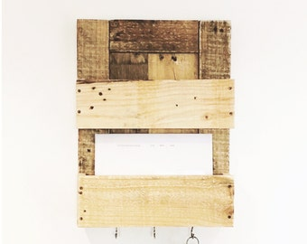 Handmade Reclaimed Pallet Timber Post Rack and Key Holder