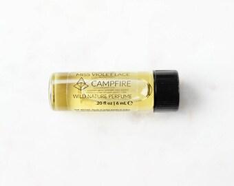 Campfire perfume SAMPLE | Smoke, Burnt Wood and Autumn Air | 100% natural and vegan